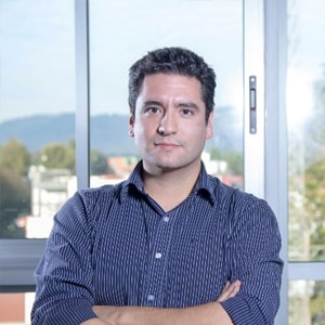 Víctor Valenzuela M.